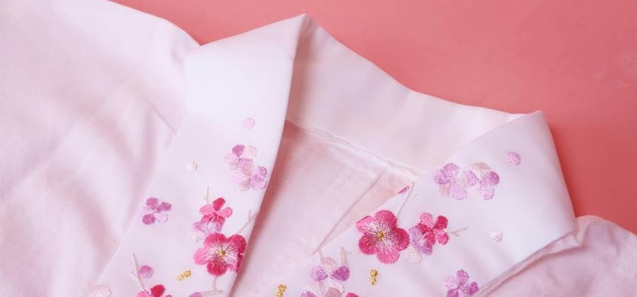 半衿に刺繍を施した京あるき人気の長襦袢