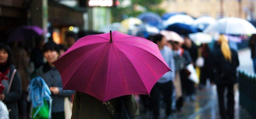 レンタル着物で雨の日に観光するなら気をつけるポイントは?