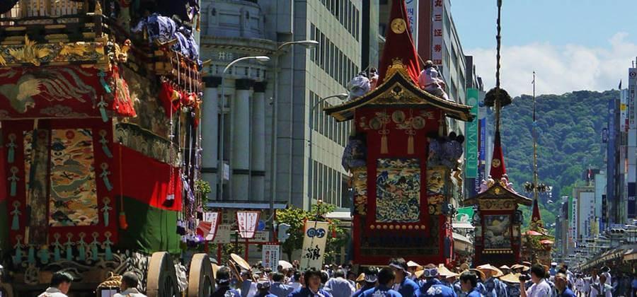 京都の夏の風物詩|レンタル浴衣で祇園祭を楽しもう