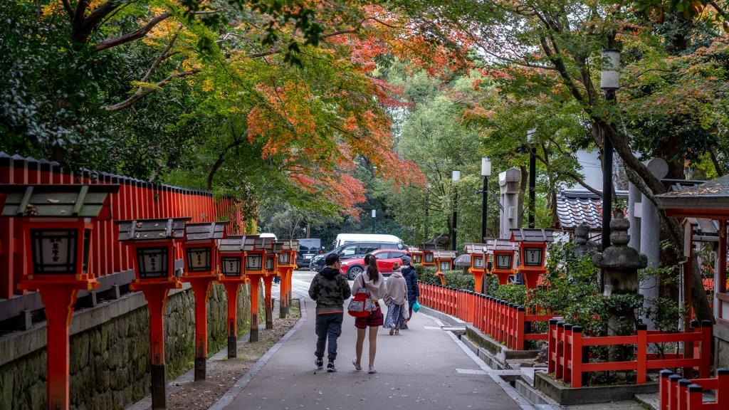 【京都】八坂神社からすぐの着物レンタル店と周辺の観光情報まとめ